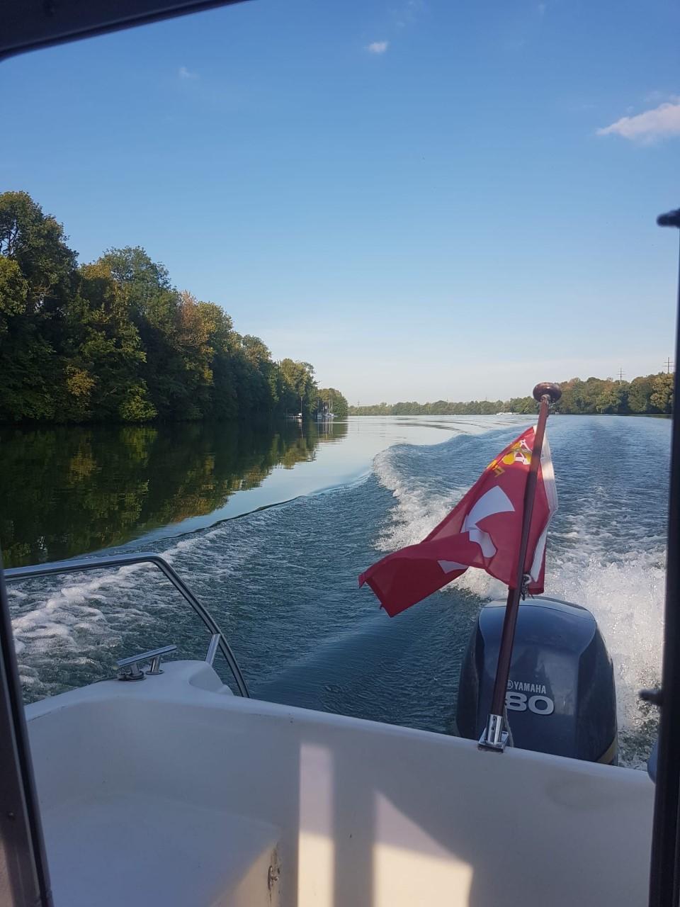 Motorboot Rhein Fahrschule Augst